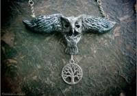 Owl-neckl-sculpt08-web
