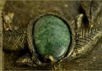 Dryad leaf necklace