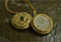Wild Forest Perfume locket