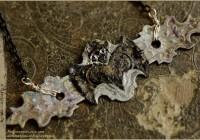 Bat-paint-neckl04web
