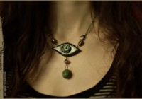 antiq-eye-sculpt-neckl05web